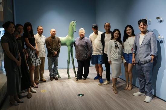 于凡、谭勋双个展在北京金融街购物中心开幕
